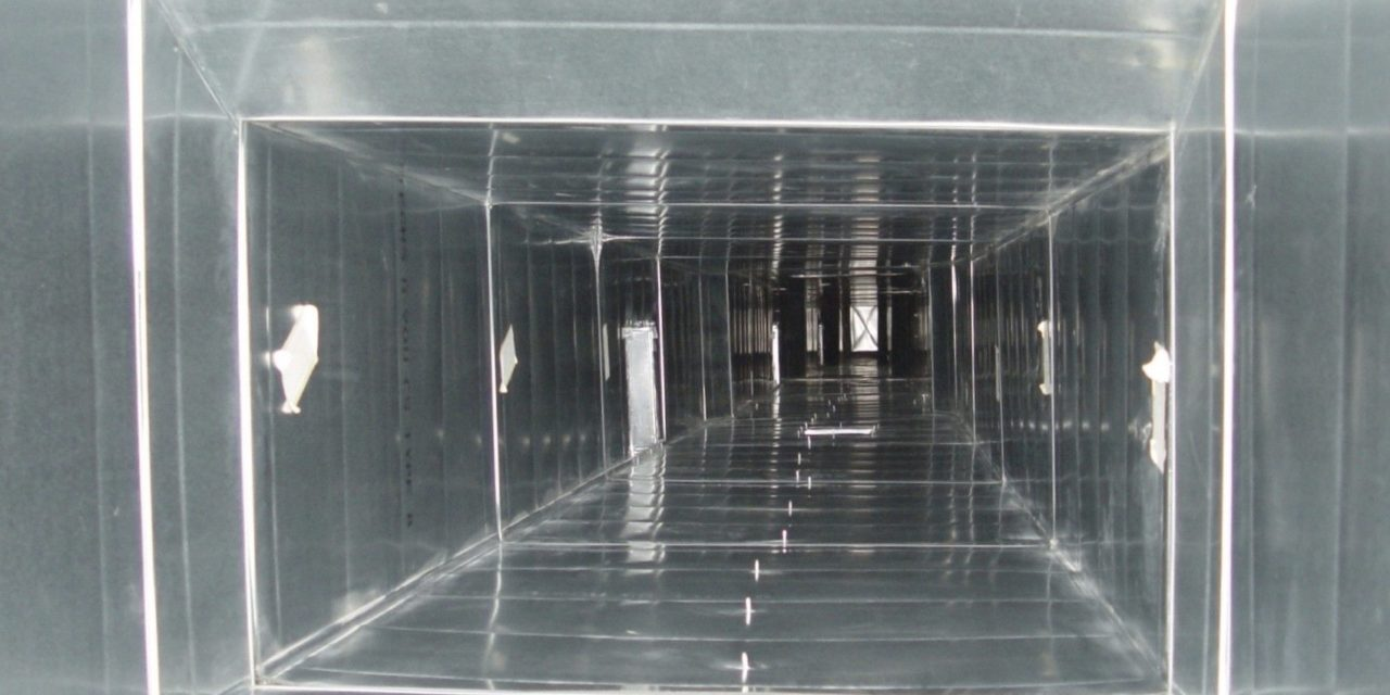 http://schaumburgairducts.com/wp-content/uploads/2020/01/clean-air-duct-2-1280x640-1.jpg